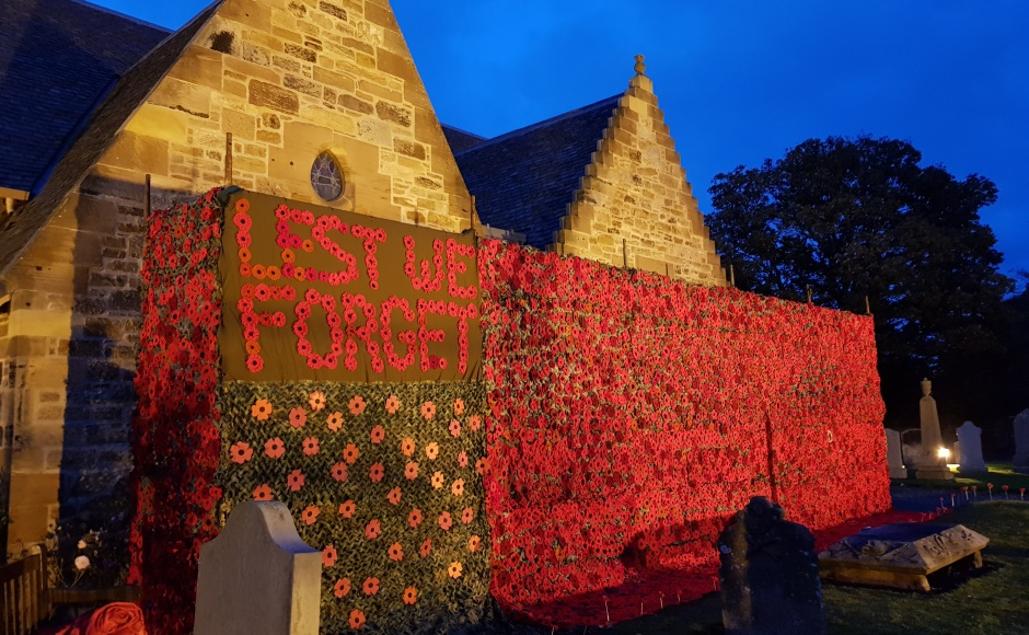 Last year's poppy display at Aberlady Parish Church in East Lothian made the headlines, with people as far afield as Australia and France sending in their contributions.
