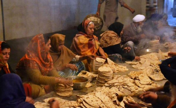 Amritsar_Golden Temple_Langar