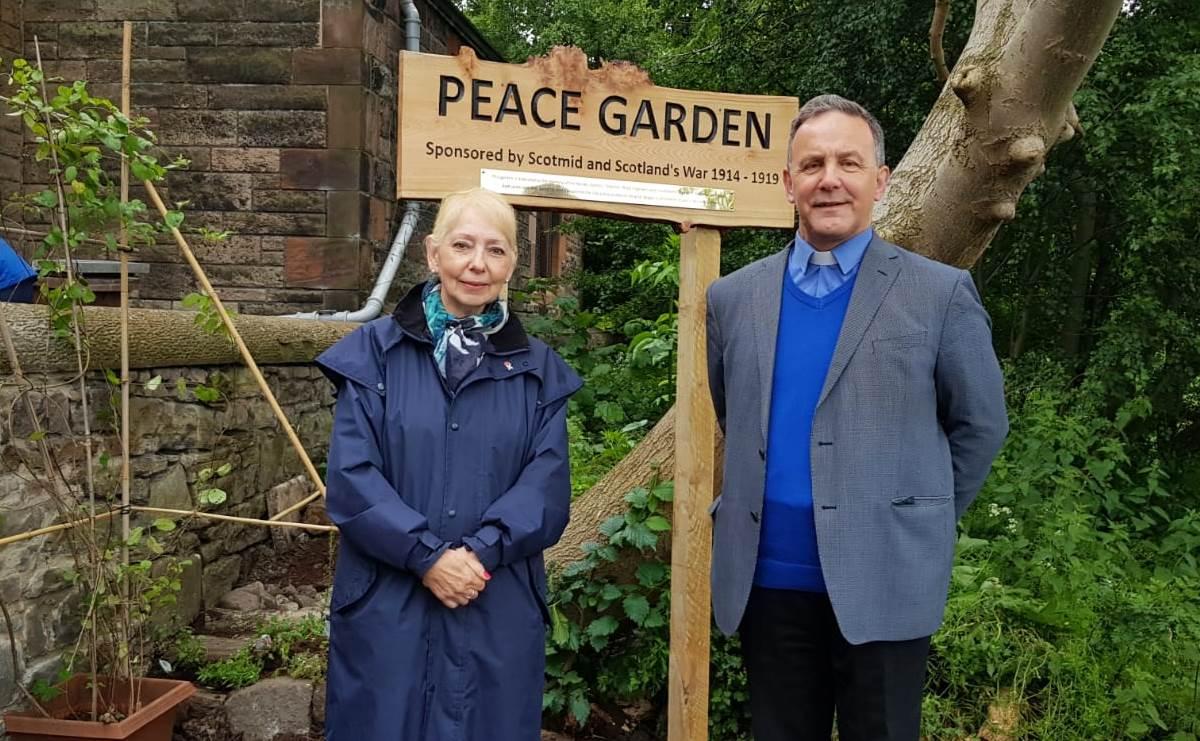 Professor Yvonne McEwen and Rev Jack Holt