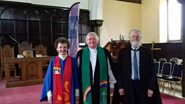 Rev Catriona Hood with Marilyn Shedden and Dr Chris Brett