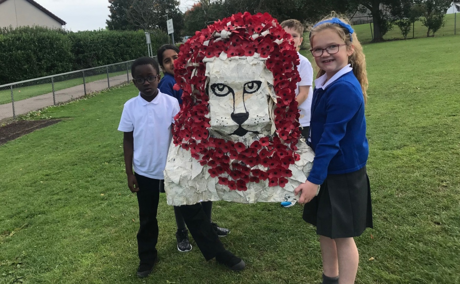 Middleton Park School with their home-made lion of courage