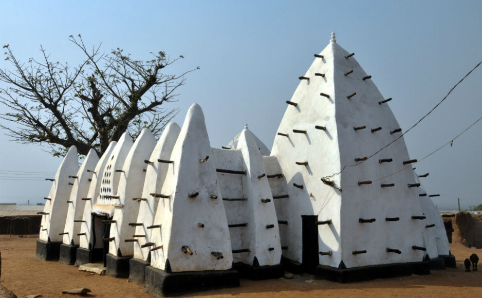 The oldest mosque in Ghana at Larabanga