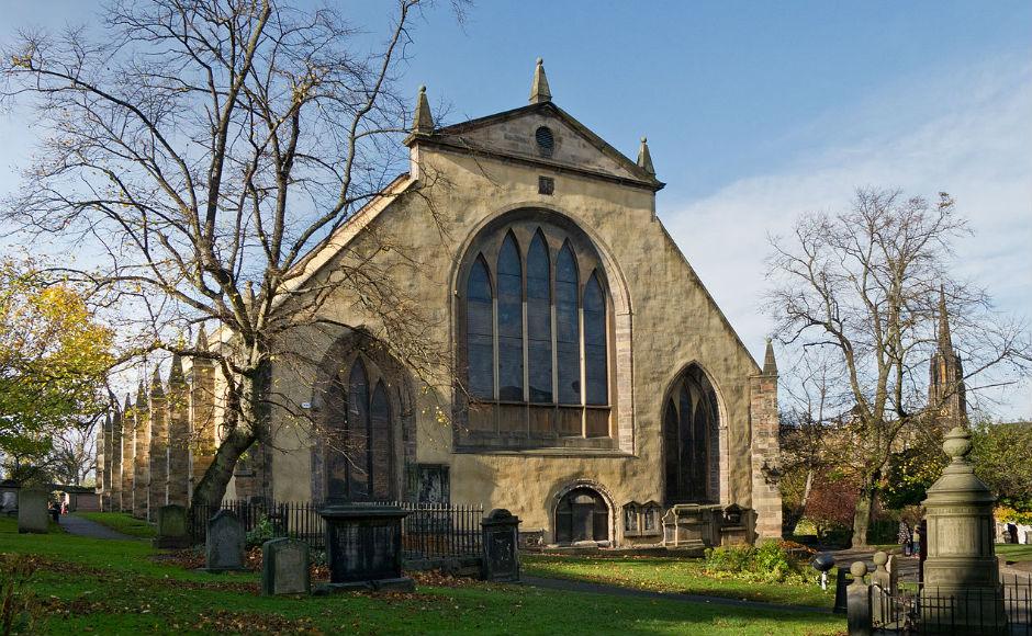 Secrets of historic Kirk graveyard revealed