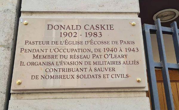 Plaque Donald Caskie