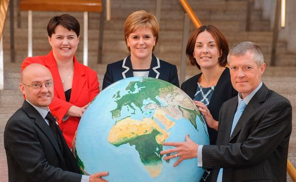 Scottish political leaders back climate change