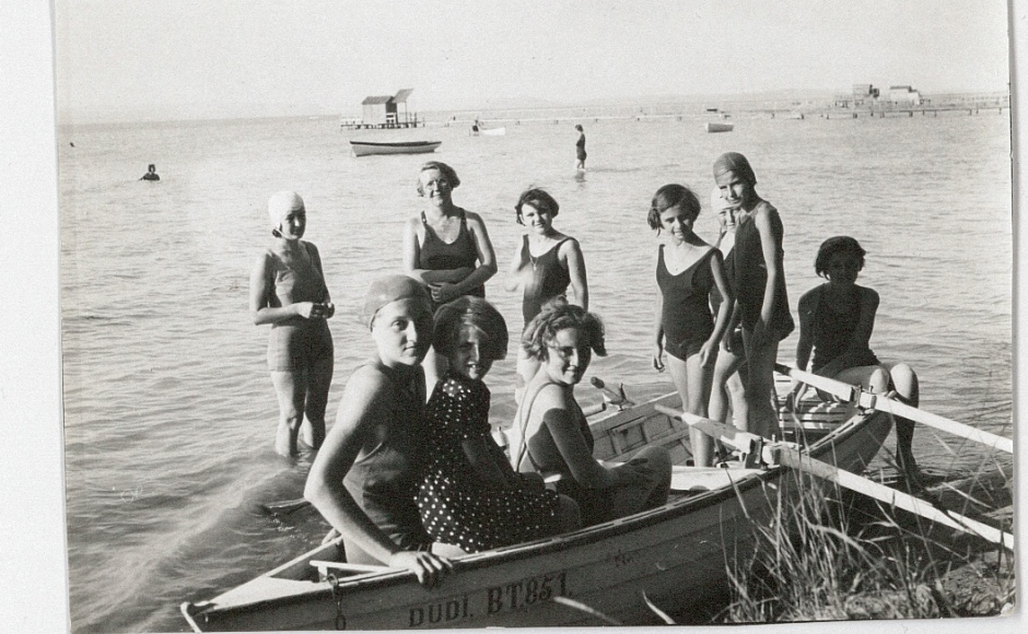 Kayak Jane Haining